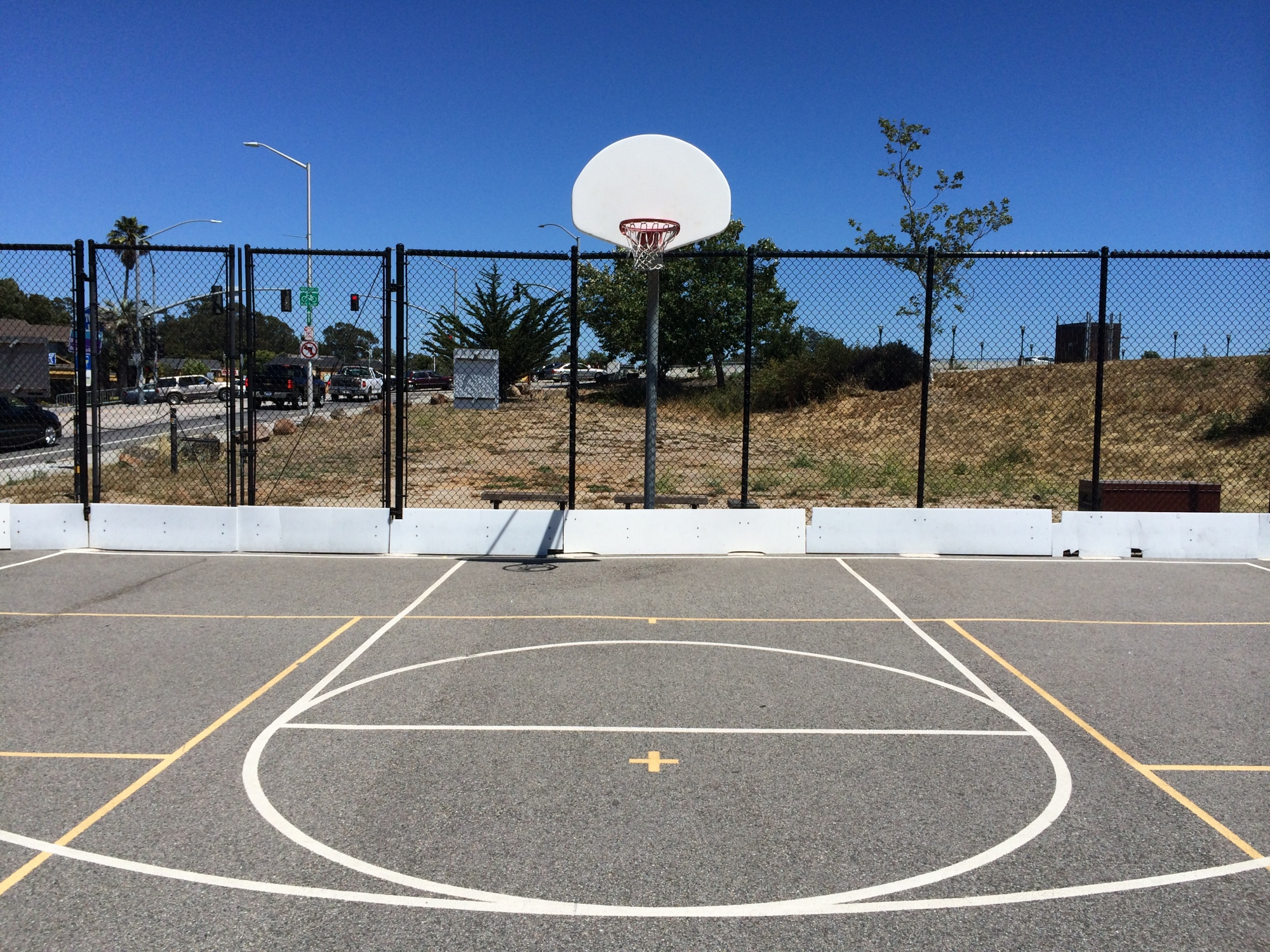 santa cruz basketball court